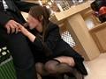葬儀場で誘惑にのってしまった不謹慎な喪服美女 2 7