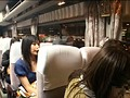夜行バスで隣り合わせた田舎に帰省するうぶな娘を周りの乗客が寝ている間に痙攣するまで感じさせろ!! 1