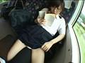 対面座席で脚を絡ませても抵抗しない女子校生はシートに染みがつくほど感じていた 3 1