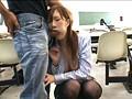 大学の授業中に痴漢され声も出せず絶頂する女子大生 3 3