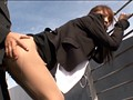 屋上で昼休み中の女子社員を拘束張り付けイカセ放置 4