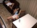 川の字で寝ていた姉が我慢できずに漏らす喘ぎ声を聞いて発情しだす妹 5 サンプル画像2