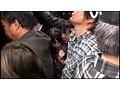 中出し痴○バス 超満員で生挿入されたまま密着して動けず中出しされた低身長○学生 10