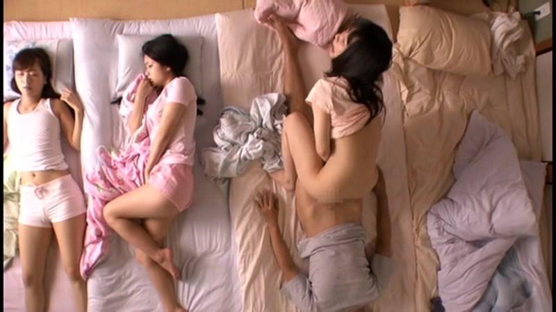 NHDTA-436磁力_川の字で寝ていた姉が我慢できずに漏らす喘_素人