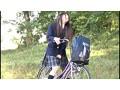 自転車の椅子に媚薬を塗られ通学路でも我慢できずサドルオナニーをするほど発情しまくる女子校生 2 1