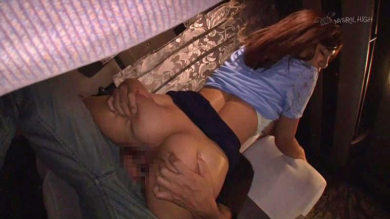夜行バスで声も出せずイカされた隙に生ハメされた女はスローピストンの痺れる快感に理性を失い中出しも拒めない 5 無料サンプル画像・エロ動画(スマホ対応)