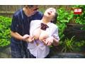 実家の旅館の手伝いをする地味巨乳女子○生 雨に打たれながら痴○師に乳首をいじられ続けS字反りイキする敏感巨乳女子○生 4