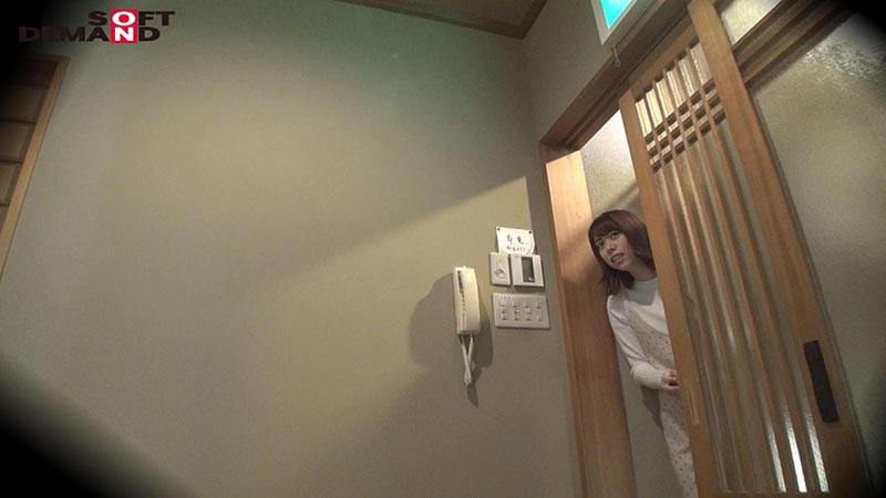 ゆり(18)推定Cカップ 箱根湯本温泉で見つけたお嬢さん タオル一枚 男湯入ってみませんか? の画像13