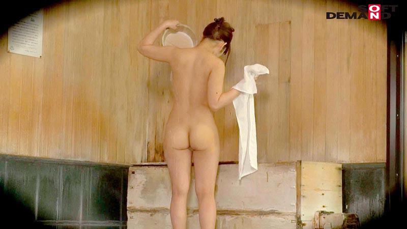 りな(19)推定Dカップ 箱根湯本温泉で見つけたお嬢さん タオル一枚 男湯入ってみませんか? の画像7