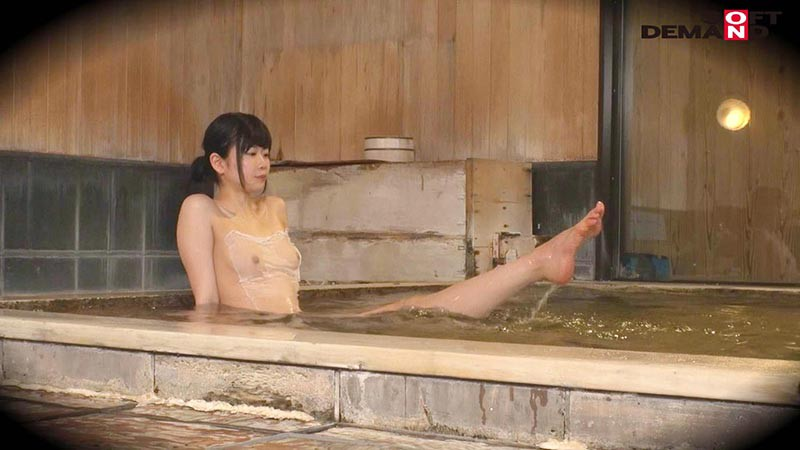 あみ(20)推定Dカップ 箱根湯本温泉で見つけたお嬢さん タオル一枚 男湯入ってみませんか? の画像11