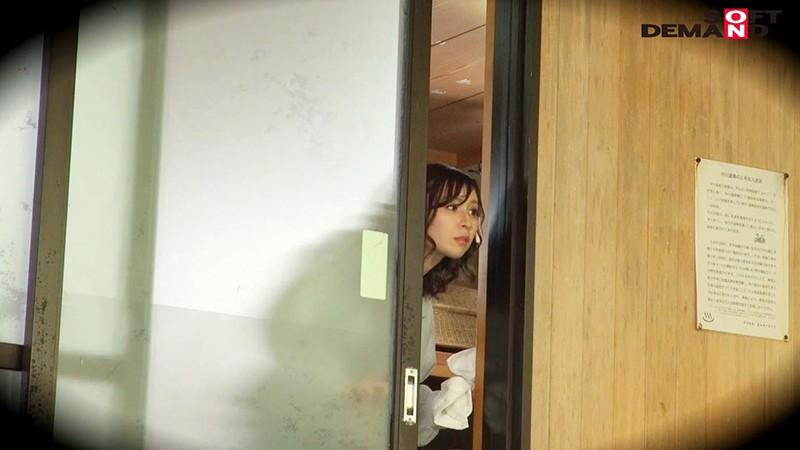 かおり(24)推定Fカップ 箱根湯本温泉で見つけたお嬢さん タオル一枚 男湯入ってみませんか? の画像13