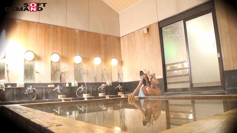 くるみ(23)推定Hカップ 箱根湯本温泉で見つけたお嬢さん タオル一枚 男湯入ってみませんか? の画像9