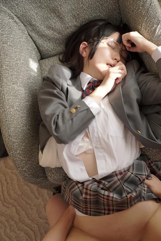 『中高一貫の女子校に通うむっつり女子』のサンプル画像です