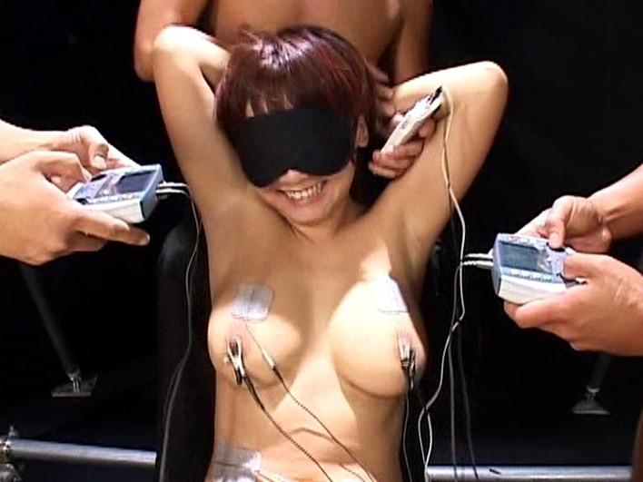 小坂めぐる電撃引退作品 電流アクメ~勃起クリトリス電極責め~ の画像11