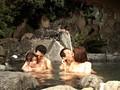 混浴露天風呂で女の子と仲良くなって、セックスできるのか!? 3 7
