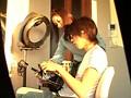 ベ○キー激似!T都M区で見つけた推定Gカップの巨乳美容師さんを職場でAVデビューさせちゃいます!! サンプル画像0
