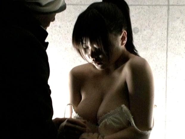 全裸巨大少女 の画像3