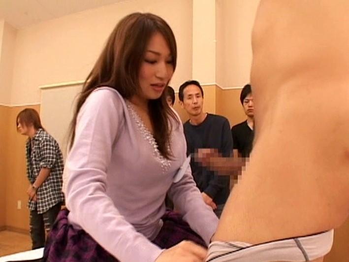 ガチンコAV エロい女頂上決戦!! の画像17