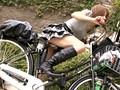 これが限界ギリギリ露出街中潮吹き アクメ自転車がイクッ!! アクメ第6形態 サンプル画像 No.4