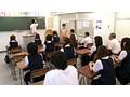 クラス中の女子生徒たちが目のやり場に困るチン○ン丸出し転校生がやってきた