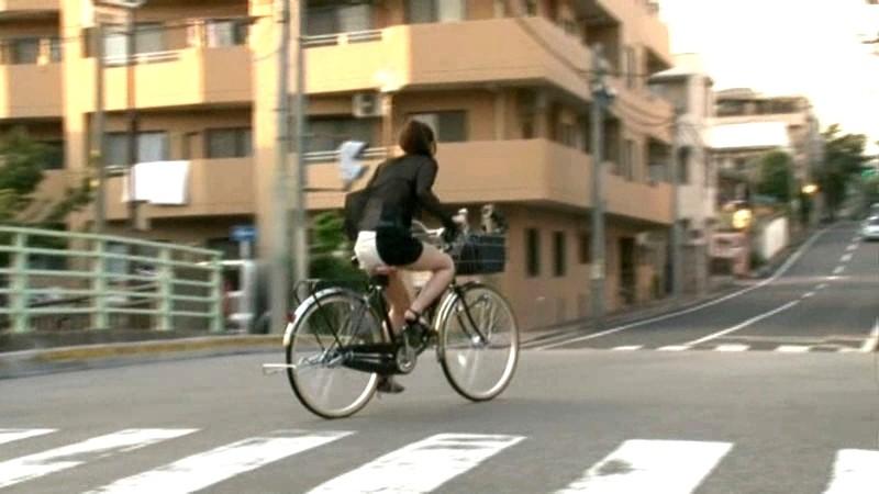 これが限界ギリギリ露出街中潮吹き アクメ自転車がイクッ!! アクメ第8形態 の画像5