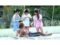 ちびっこ女優4人組!! 迷子のフリして常夏リゾートプールで知らないオジサンにHなイタズラごっこ 9