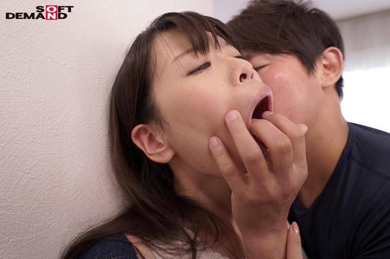大沢カスミ(仮)28歳 真正中出し10連発+ごっくん10連発 画像18枚