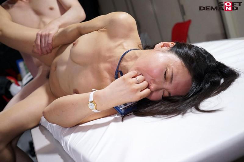 SOD女子社員 宣伝部中途入社1年目 綾瀬麻衣子 46歳 AV出演 画像13枚