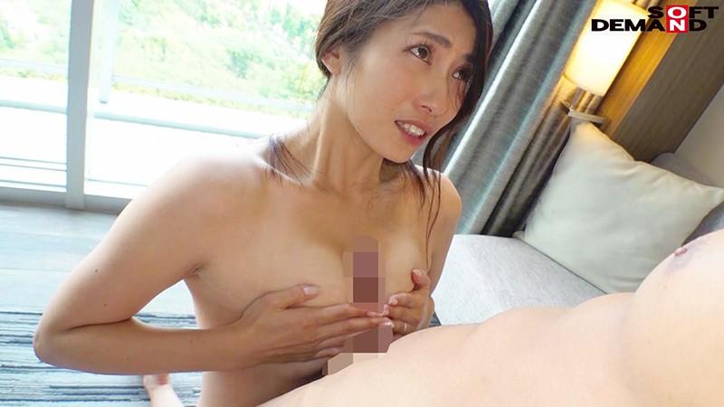 健康的な小麦肌が眩しい家族を支えるしっかりママさん。 松本麗子 35歳 AV DEBUT-6