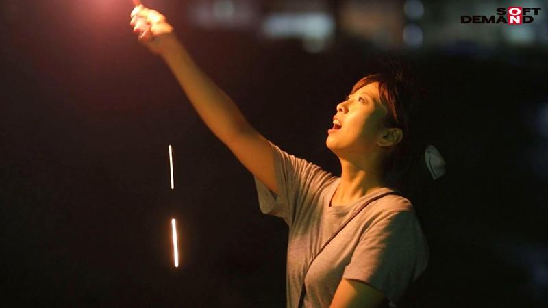 若き日の潮風の匂いが蘇る。小6の息子を持つ湘南のGカップ若ママ。 優木なお 34歳 AV DEBUT-9