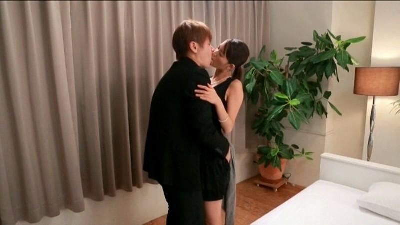 麻生希 見つめ合い・感じ合い・求め合う…本気SEX「忍び撮り」4本番 の画像6