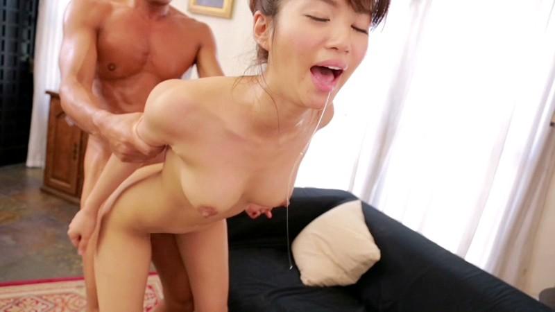 初体験づくしで「お漏らし」が止まらないお嬢様 麻生希 の画像5