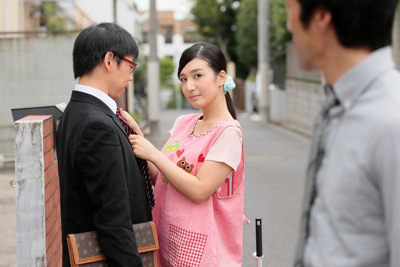 古川いおり 息子がいるすぐ側で綺麗な保育士さんに優しく抱かれる誘惑不倫SEX の画像18