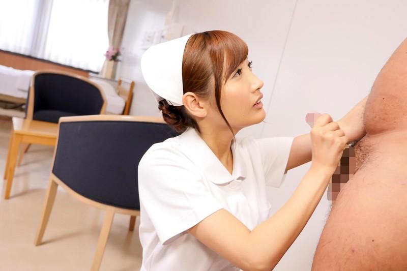 榎本美咲×ドキドキ職場SEX バレそうな状況に興奮して…仕事中にチ○ポを欲しがる誘惑ヤリたがり人妻ナースさん の画像12