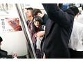 小倉由菜 満員電車で通学中の美少女女子○生を征服痴● 画像2