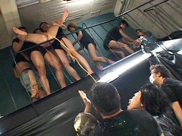 極スカトロ拷問 塗糞・食糞・糞水・男糞 の画像11