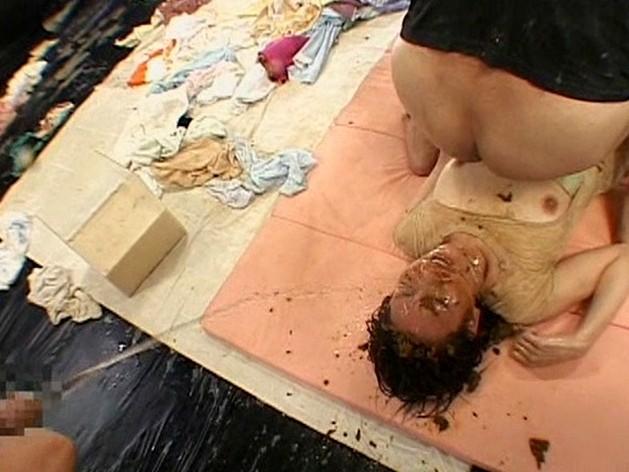 極スカトロ拷問 塗糞・食糞・糞水・男糞 の画像20