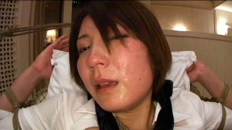 女医in… [脅迫スイートルーム] Doctor Ryo(24) の画像19