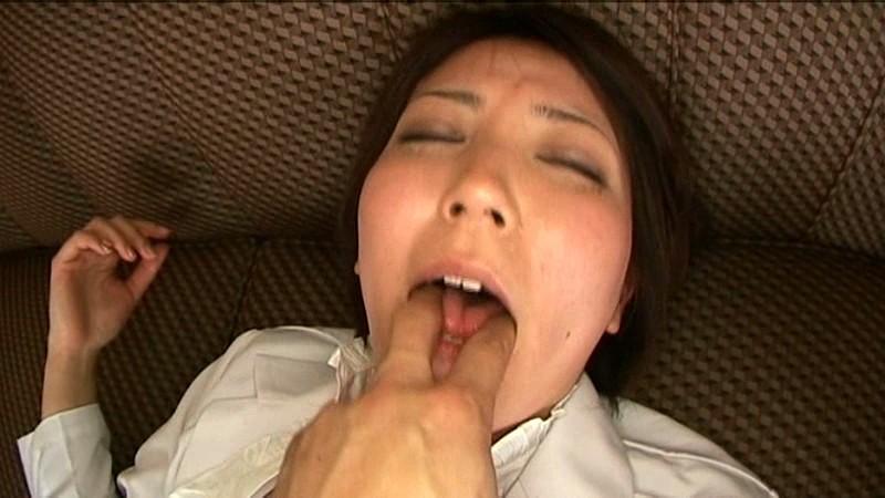 女医in… [脅迫スイートルーム] Doctor Ryo(24) の画像5