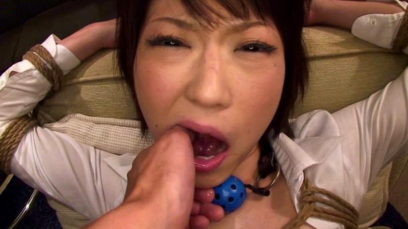 受付嬢in… [脅迫スイートルーム] Miss Reception Shinobu(25)