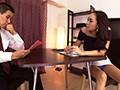 なんと膝上30cm!超ミニスカ黒ギャルの挑発パンチラ 藤本紫媛 6