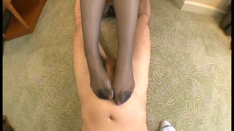 sister escort nylon footjob