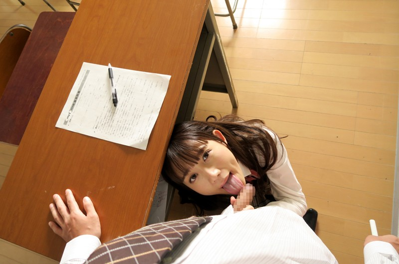 【VR】学級崩壊クラスで授業中…イタズラ制服美少女と声ガマン性交…でも教室で生はマズくない? 星奈あい-5