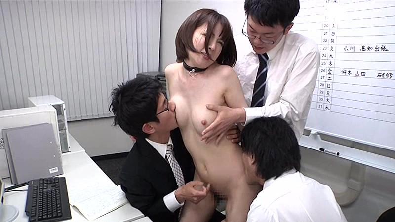 真性マゾOLの淫語全裸勤務 辻本りょう 画像17