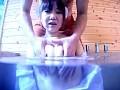 水中でおっぱい揉みまくり!! 13