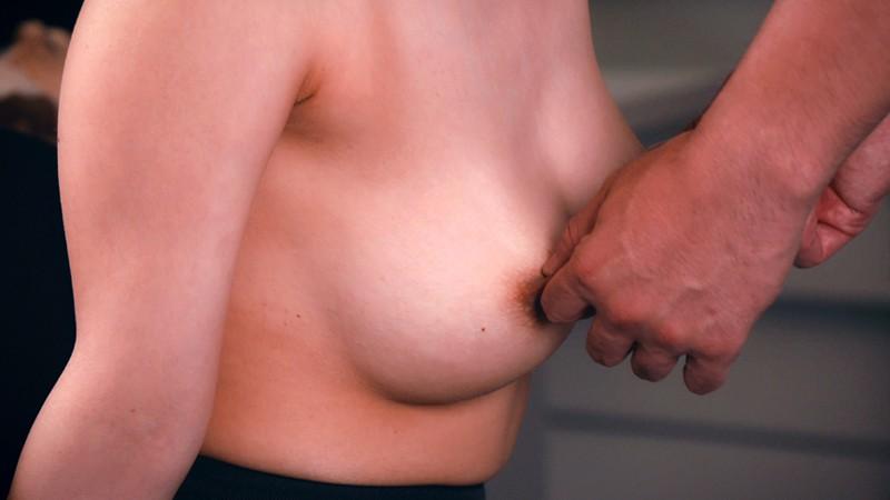 乳首が感ずる女たち 画像20枚