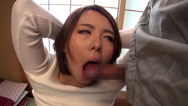 下校途中に公衆トイレで1人エッチしちゃうo学生女oを盗撮した
