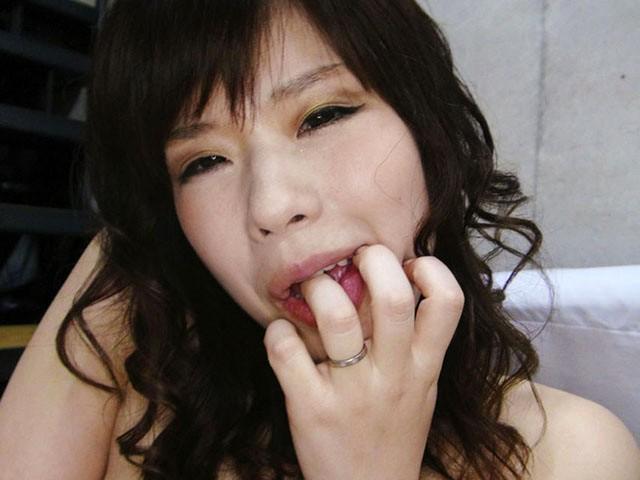 熟女の自慰 四十路おんなの本気オナニー 第11集 の画像11
