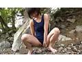 故郷の川で遊ぶスク水少女 13