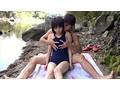 故郷の川で遊ぶスク水少女 17